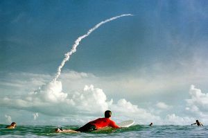 best-unforgettable-space-shuttle-pictures-surfer_37691_600x450
